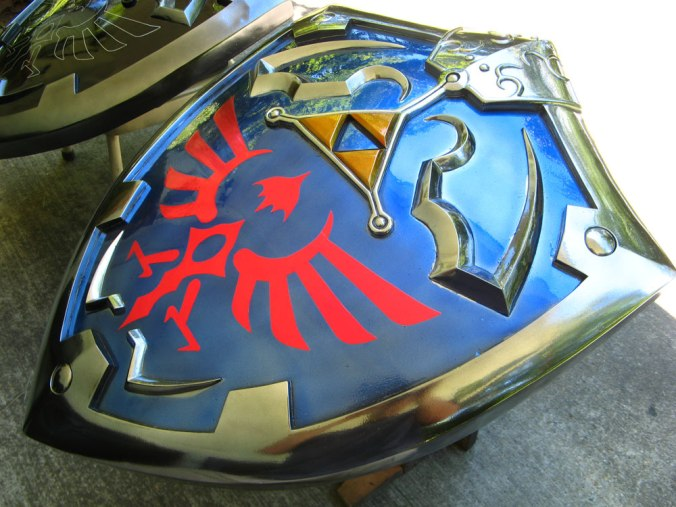 Twilight-Princess-shield-2